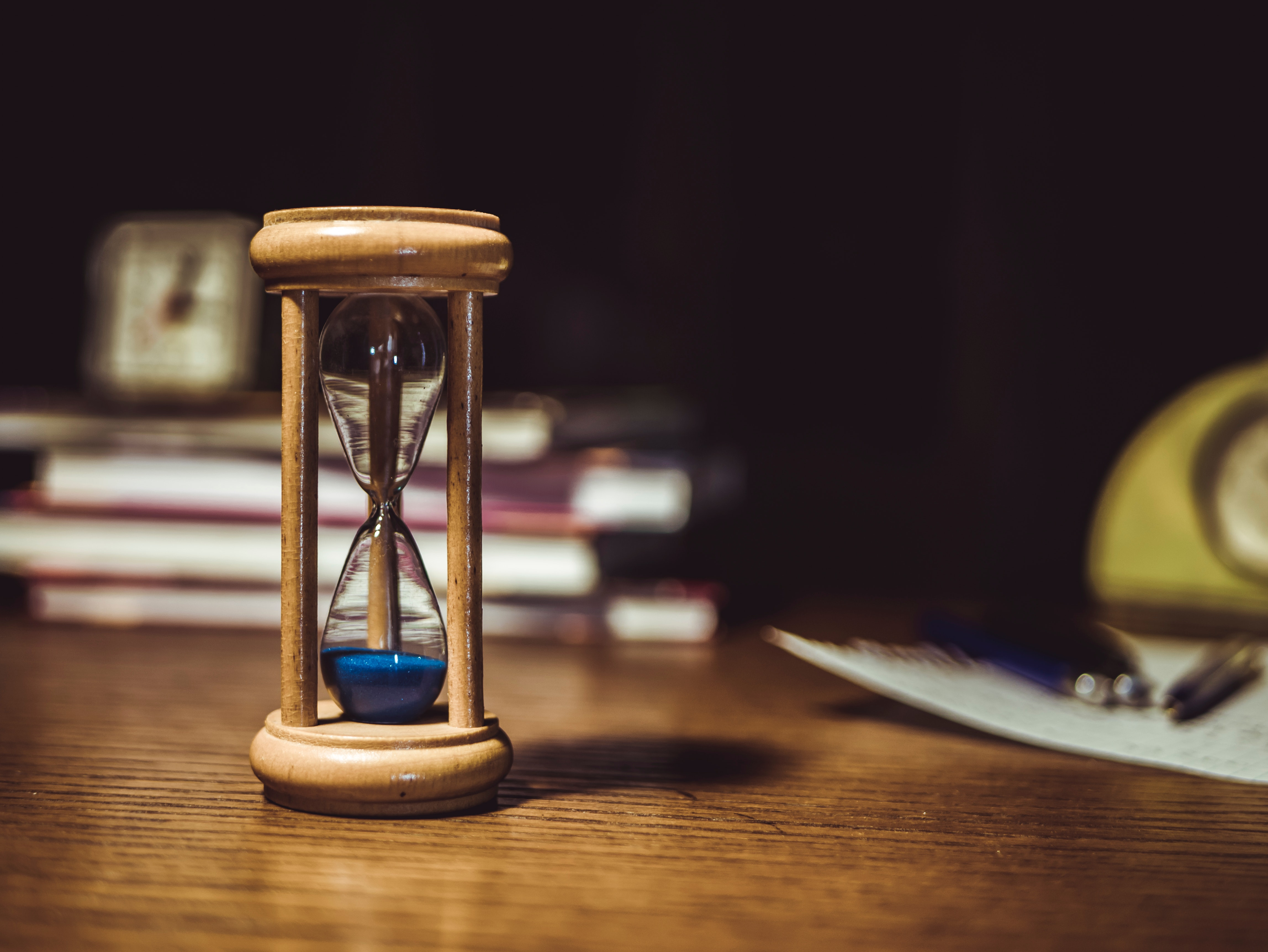 How to Use Countdown Timers – Psychology of Urgency & Scarcity