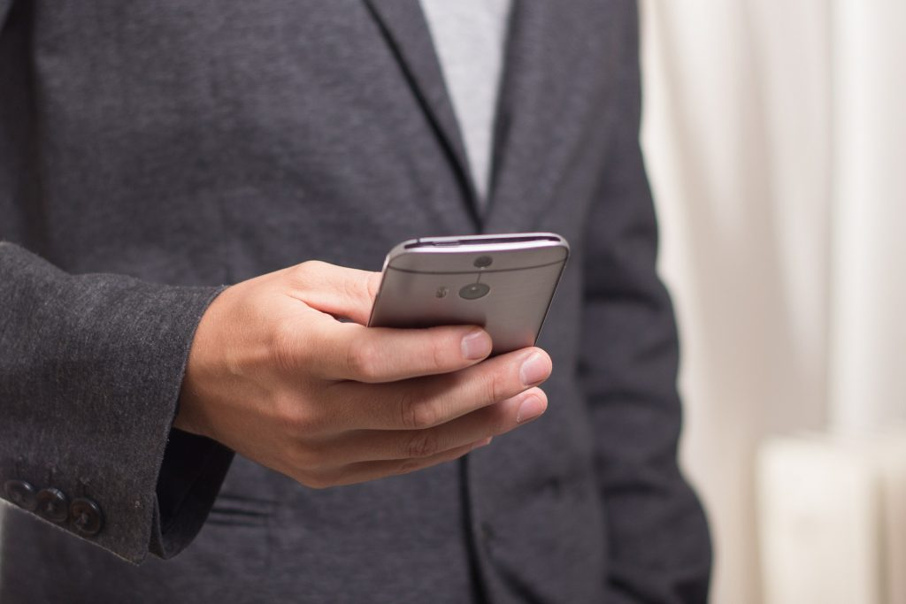 4 tips to start with SMS marketing this summer
